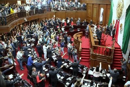 Rinden Protesta Diputados de la 73 Legislatura en Michoacán