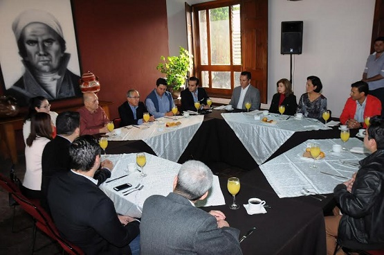 Empresarios de la Radio y Televisión Reconocen Desempeño de Salvador Jara Como Titular del Eejecutivo Michoacano