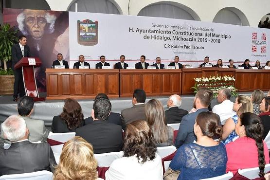 Trabajar de Manera Transparente y en Equipo con Diputados, Encomienda del PRI a sus Alcaldes