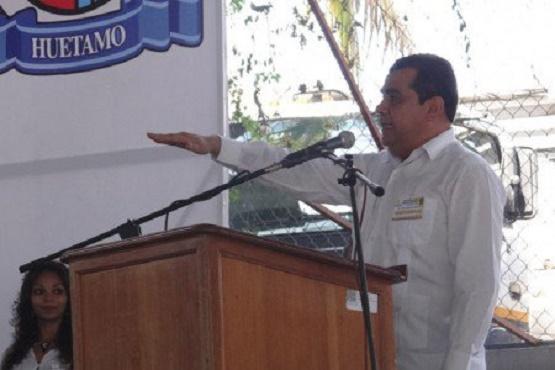 Reafirma Elías Ibarra los Ejes Rectores de su Gobierno
