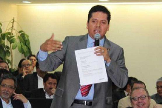 Inicia el Cobro de Cuotas Para Funcionarios del PRD
