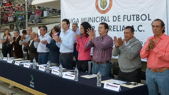 Inaugura Alcalde, Alfonso Martínez, Liga Municipal de Fútbol 2015-2016