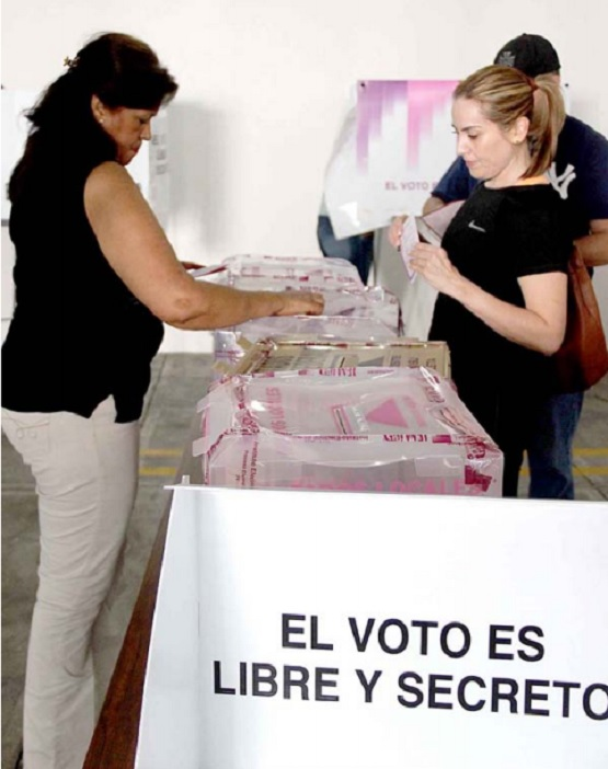Se Celebran 62 Años del Voto Femenino