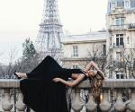 La Hija de Luis Miguel en Paris
