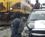 Policía Federal Detiene a Cinco Hombres, dos de Ellos Menores de Edad, Cuando Trasladaban en un Vehículo dos Kilogramos de Cocaína y Diversos Artículos