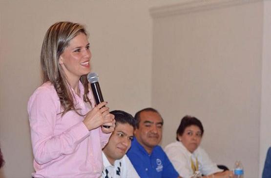 Se Reúne Daniela De Los Santos con más de 50 Organizaciones de la Sociedad Civil