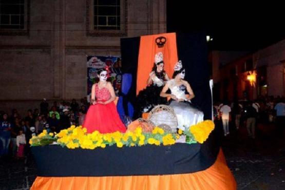Organizan en La Piedad Desfile de Catrinas