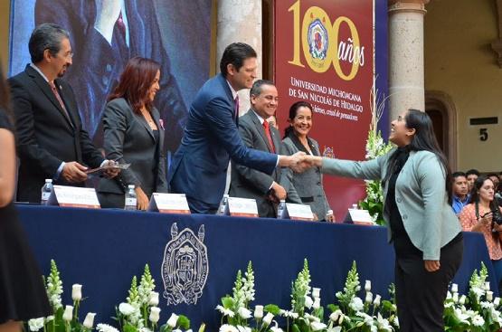 Reconoce Alcalde Alfonso Martínez Labor Académica de la UMSNH