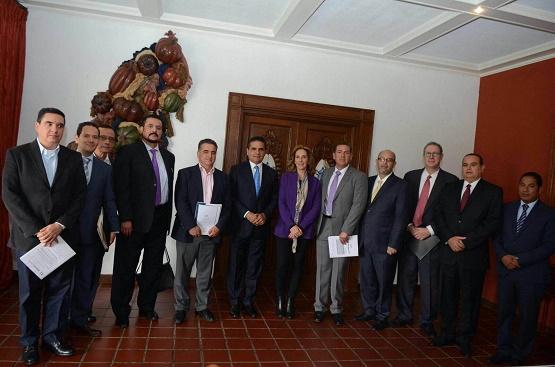 Revisa Gobernador Temas de Seguridad y Justicia con Integrantes de Agenda por Michoacán