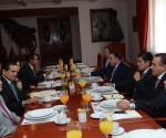Se Reune el Gobernador con la JCP del Congreso