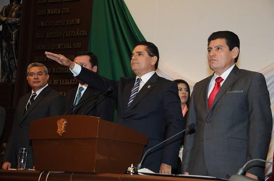 Asume Silvano Aureoles Gubernatura de Michoacán