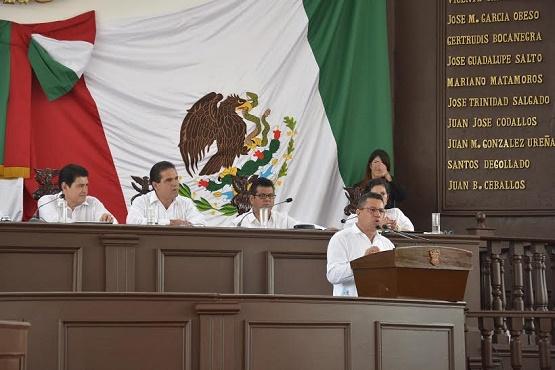 Lalo García Chavira Urge a Declarar Zona de Desastre a Coahuayana, Aquila y Arteaga