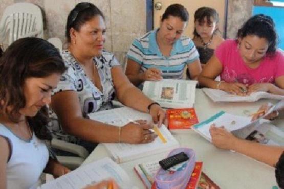 Realiza INEA Talleres de Fomento a la Lectura en Michoacán