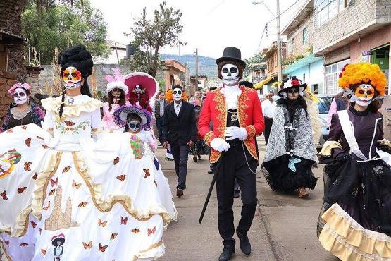 Invita Ayuntamiento de Morelia a Disfrutar de los Ultimos Días de la Feria de la Catrina en Capula