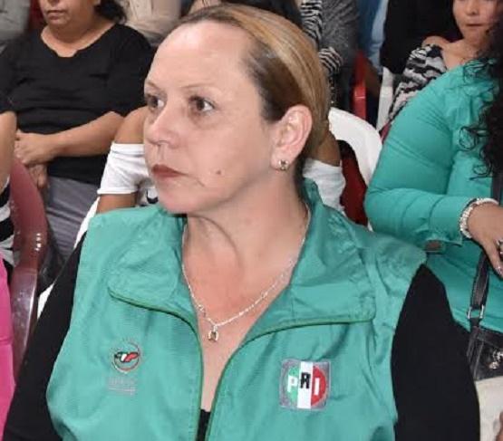 Chava Peña Realiza una Campaña de Compromisos con las Clases más Vulnerables: Adriana Bustamante
