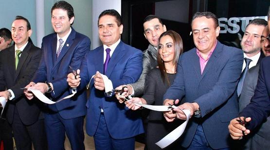 Garantiza Silvano Aureoles Trabajo Para dar Seguridad Jurídica a Inversionistas