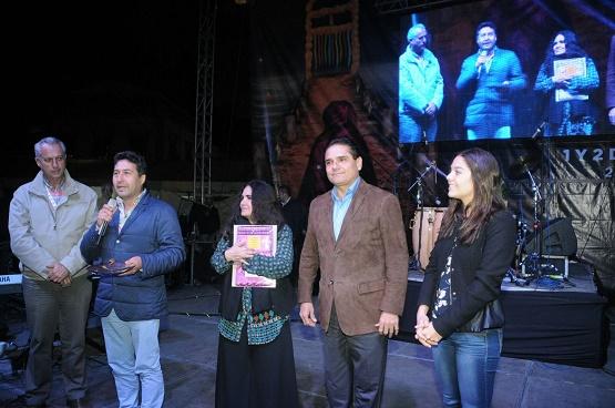 Participa Gobernador en Actividades Culturales de Día de Muertos en Pátzcuaro