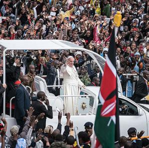 Inició el Papa Recorrido en Africa