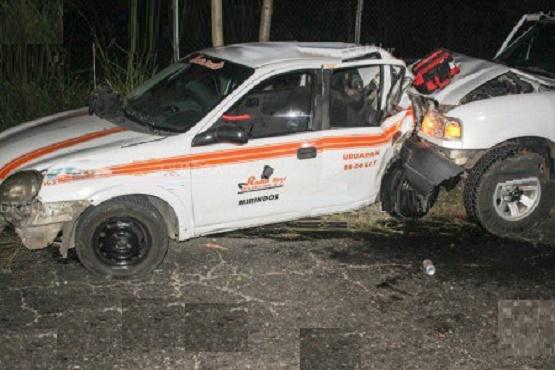 Chofer en Presunto Estado de Ebriedad se Impacta Contra un Taxi
