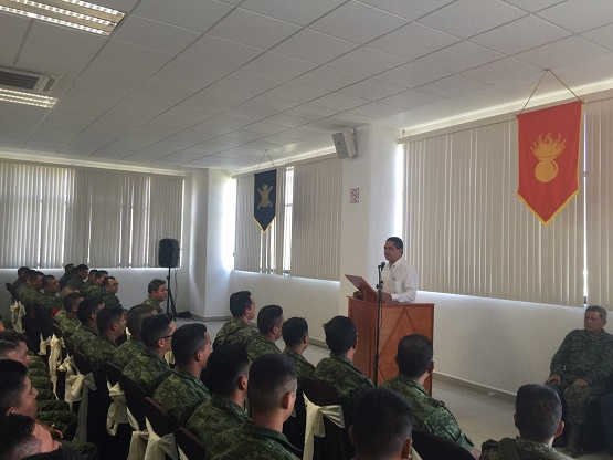 Reconoce Gobernador Labor del 65 Batallón de Infantería de Coalcomán