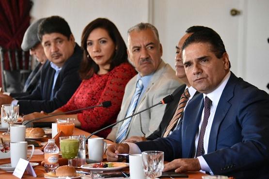 Refrenda Silvano Aureoles Diálogo y Relación Institucional con el Congreso