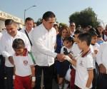 La Escuela Pública me Hizo Gobernador de Michoacán: Silvano Aureoles