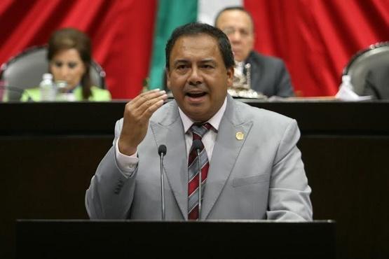 Exhorta Lupo Hernández a Dotar de Medicamentos Para Esclerosis Múltiples