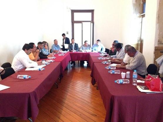 Importante que Municipios Accedan a Programas Oficiales Para Abatir Rezago Económico: Roberto Carlos López