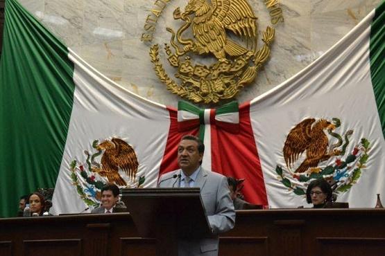 """Presentarán el Libro """"Los Momentos Estelares de Morelos """" en el Congreso del Estado"""