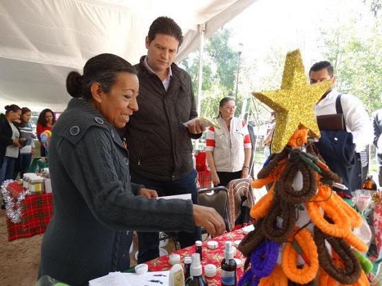 """Ofrece Bazar Navideño """"Haz Barrio"""" Todo Para Celebrar las Fiestas Decembrinas"""