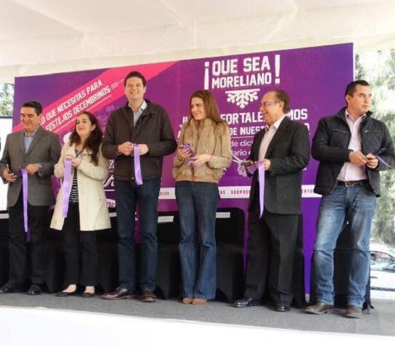 Llama Alcalde Alfonso Martínez a Apoyar el Comercio Local Durante las Compras Navideñas
