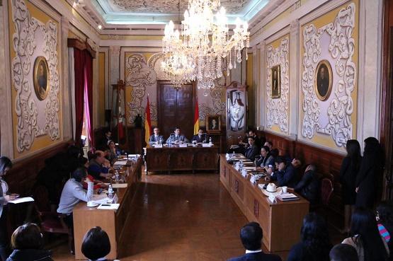 Se Aprueban Modificaciones al Presupuesto de Ingresos y Egresos 2015