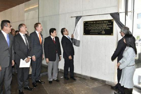 Inaugura Silvano Centro Estatal de Justicia Alternativa
