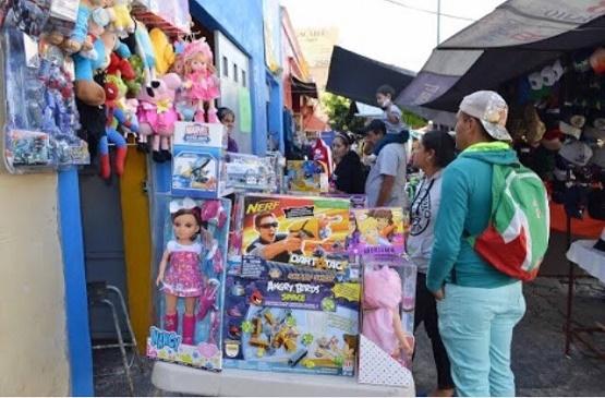 Ayuntamiento Otorga Permiso a Comerciantes Tolerados por Día de Reyes