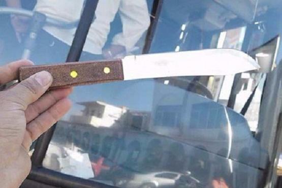 Amedrentó Sujeto a Chofer con Cuchillo Para Secuestrar Autobús