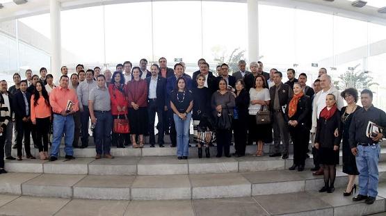 Reconocen alcaldes michoacanos liderazgo y prestigio de la UMSNH