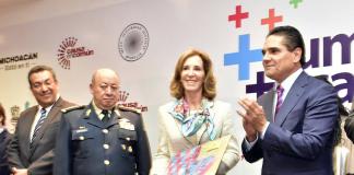 María Elena Morera Silvano Aureoles