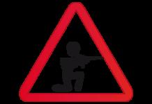 militar soldado tirando disparando