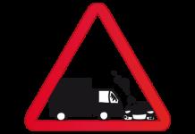 trailer camion coche auto choque accidente