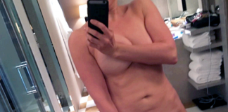 Chelsea-Desnuda