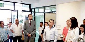 Guillermo Marín Nombrando Director de Salud