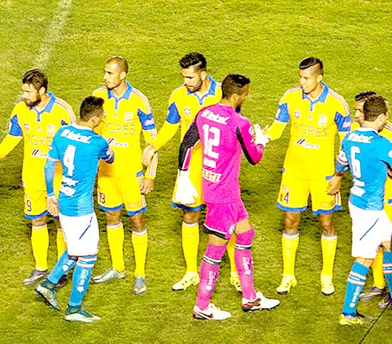 Santos es el segundo lugar de equipos mexicanos con m s for Cuando es fuera de lugar en un partido de futbol