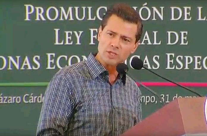 Enrique-Peña-en-Lázaro-Cárdenas