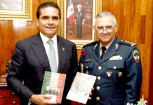 Silvano-Aureoles-Ponencia-Colegio-de-la-Defensa