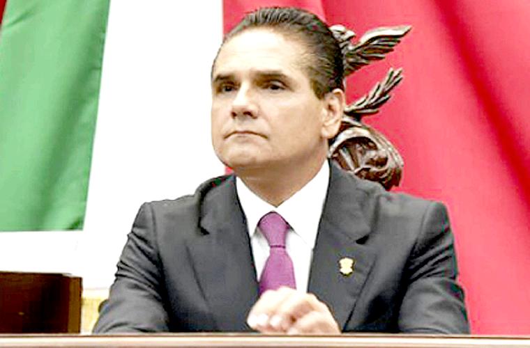 Silvano-Aureoles-en-el-Congreso