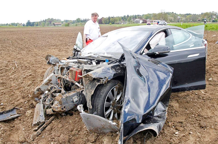 Accidente-Tesla