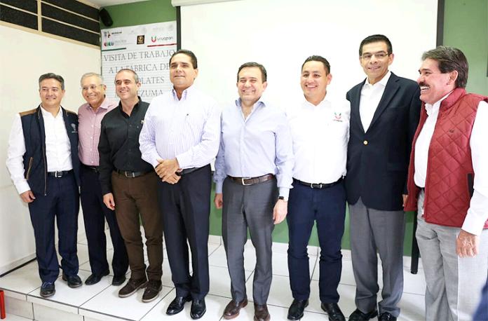 Visita-Idelfonso-Guajardo-a-Uruapan