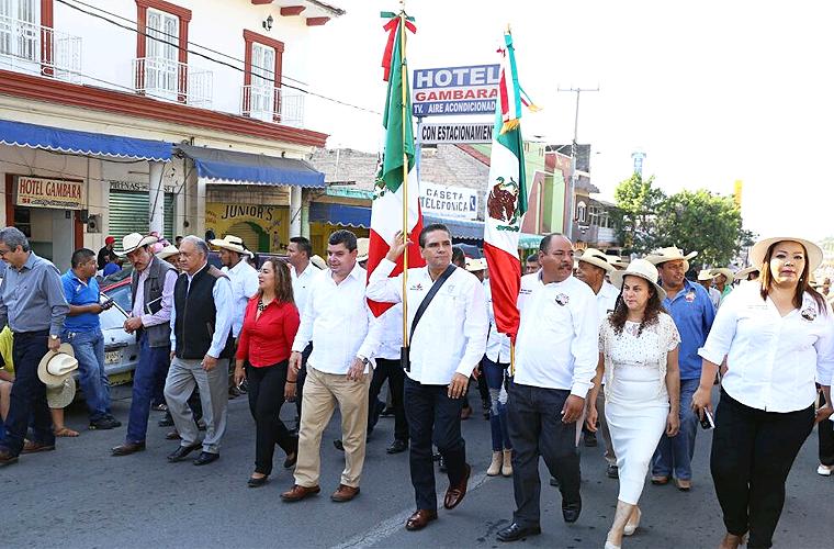 desfile-nueva-italia